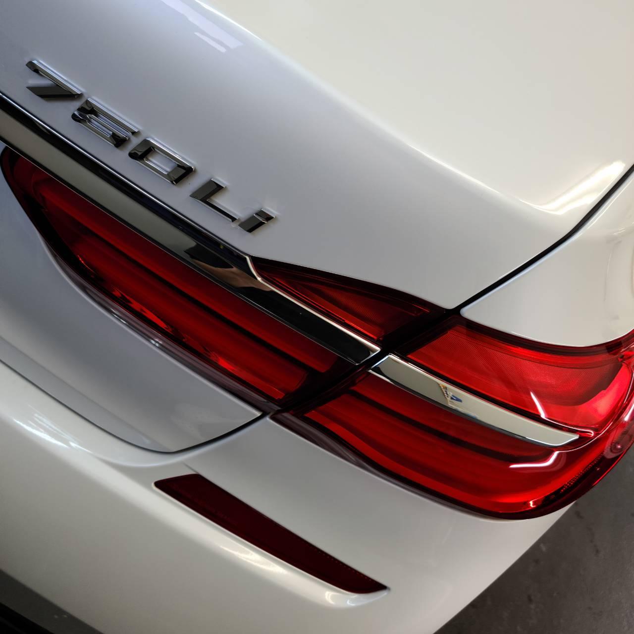 BMW(G12)7シリーズ フィルム&磨き